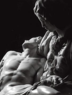 Pieta - Michelangelo - 1499